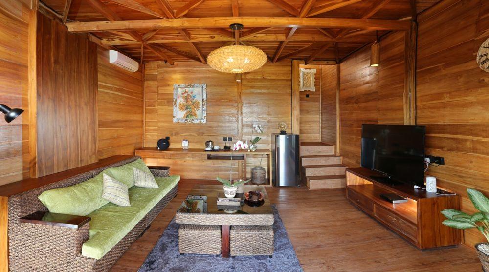 Uluwatu-Cliff-Villa-Suite-Garden-1