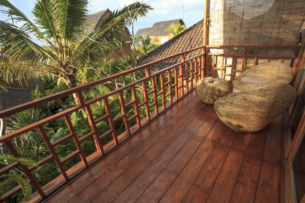 Uluwatu-Cliff-Villa-Suite-Garden-3